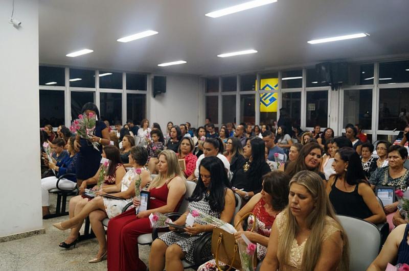 Sessão Solene em comemoração ao Dia Internacional da Mulher - Câmara Municipal de São Gotardo